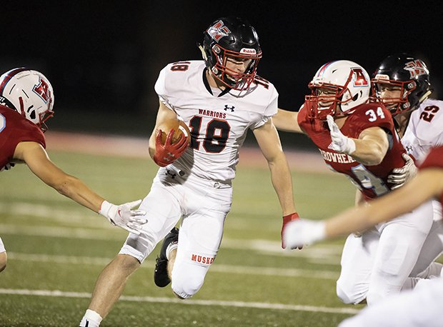 Muskego (Wis.) opened the season with a 32-24 win over Arrowhead (Wis.).