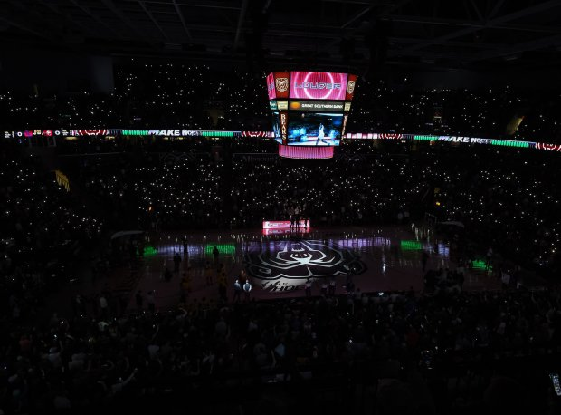 Saturday night's championship game at the Bass Pro Shops Tournament of Champions drew 10,689 fans to JQH Arena in Springfield, Mo.