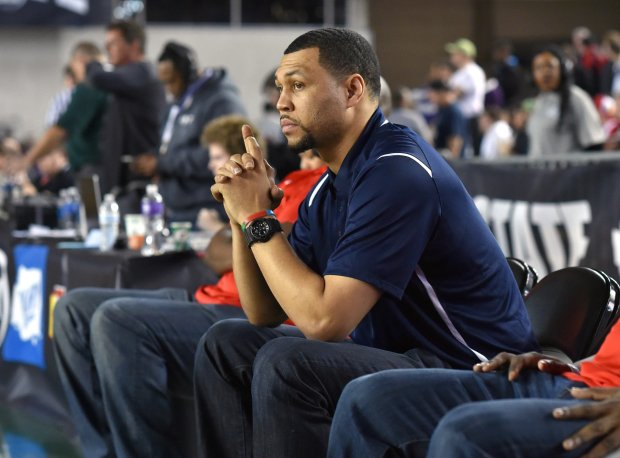 Brandon Roy watches his team warm-up prior to Washington's Class 3A state championship game in March.