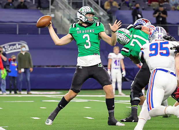 Southlake Carroll quarterback Quinn Ewers threw for 350 yards and three touchdowns.