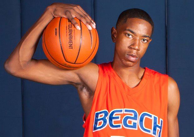 Shaqquan Aaron scored 19 points in his Rainier Beach debut, a 110-52 win over Ingraham. The Vikings improved one spot to No. 5 in this week's Xcellent 25.