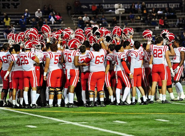 Top-ranked Mater Dei continued its quest toward a CIF state title and possible national championship with a convincing 38-24 win over No. 2 St. John Bosco on Friday.