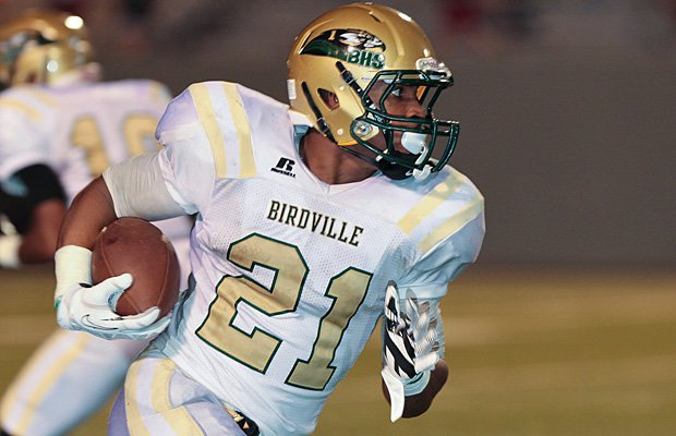 Xavier Turner racked up 399 rushing yards, including three touchdowns, in last week's win over Crowley.