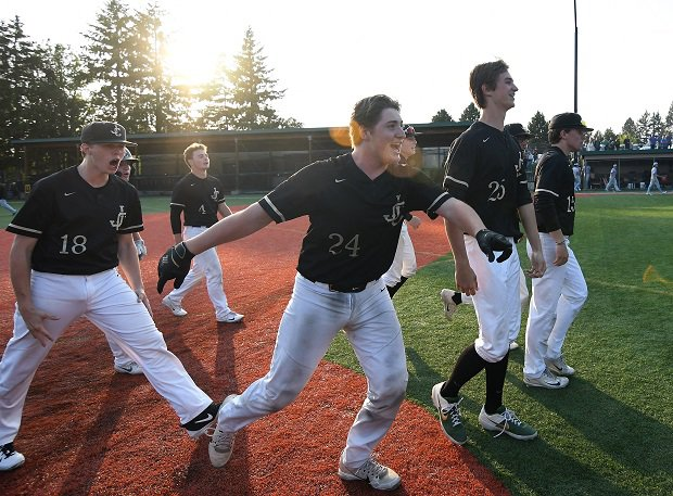 Jesuit players celebrate their Oregon 6A semifinal win.