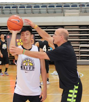 Frank Allocco gives personal shooting drills in Shanghai.