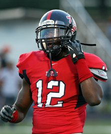 The Ole Miss recruiting class improvesevery day, which could sway Conner'scollege choice.