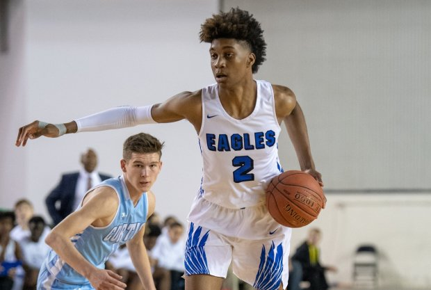 Jaden McDaniels in action during Washington's Class 4A state tournament earlier this year.