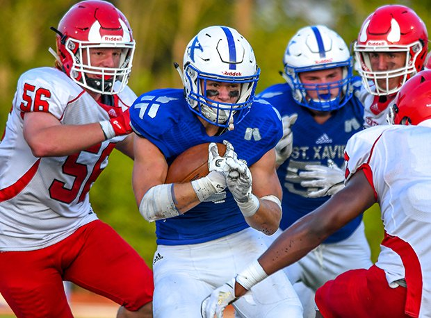 Hinsdale Central (Ill.) and St. Xavier (Cincinnati) met last week in a match-up of regional titans.