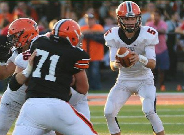 Wheelersburg's Trent Salyers led the Pirates to a D-V state title despite playing on a broken leg.