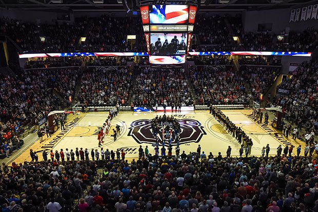 The championship game of the Bass Pro Shops Tournament of Champions in Springfield, Mo., drew over 10,000 fans in January.