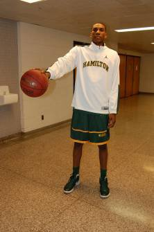 Kevon Looney, Hamilton High