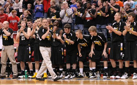 Dave Cresap's positive, upbeat demeanor rubbed off on the Yellowjackets, who closed on a 19-game win streak.