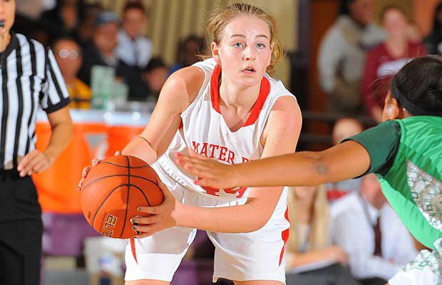 Riding high after a big win at the Nike TOC and a perfect 14-0 record, Karlie Samuelson and Mater Dei hold the No. 1 spot for the second straight week.