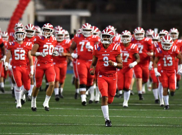 Mater Dei lost 41-18 in last year's regular-season game to St. John Bosco before winning 17-13 in the CIF Southern Section Division 1 championship.