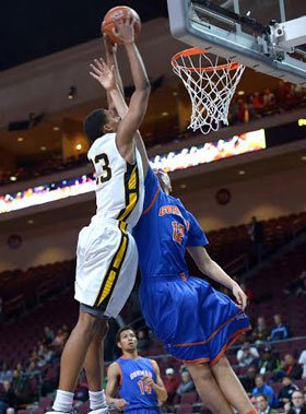 Ivan Rabb goes up for another dunk against Bishop Gorman.