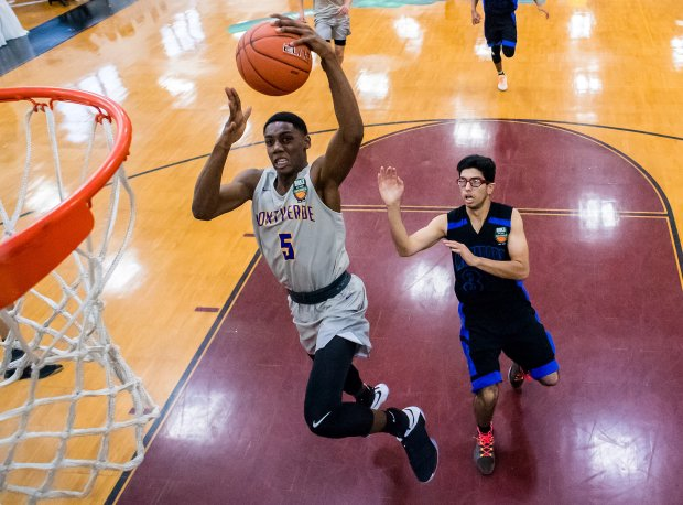 R.J. Barrett and Montverde Academy will take on Mater Dei at the Spalding Hoophall Classic in a game sure to have national title implications.