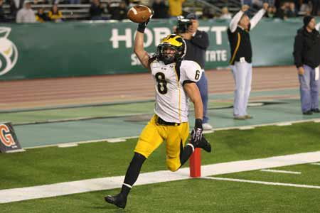 Nick O'Sullivan rushed for 127 yards, which included this touchdown in the second quarter for Del Oro.