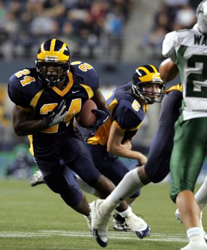 JR Hasty rushed for 272 yards and four TDs the night Bellevue defeated De La Salle.