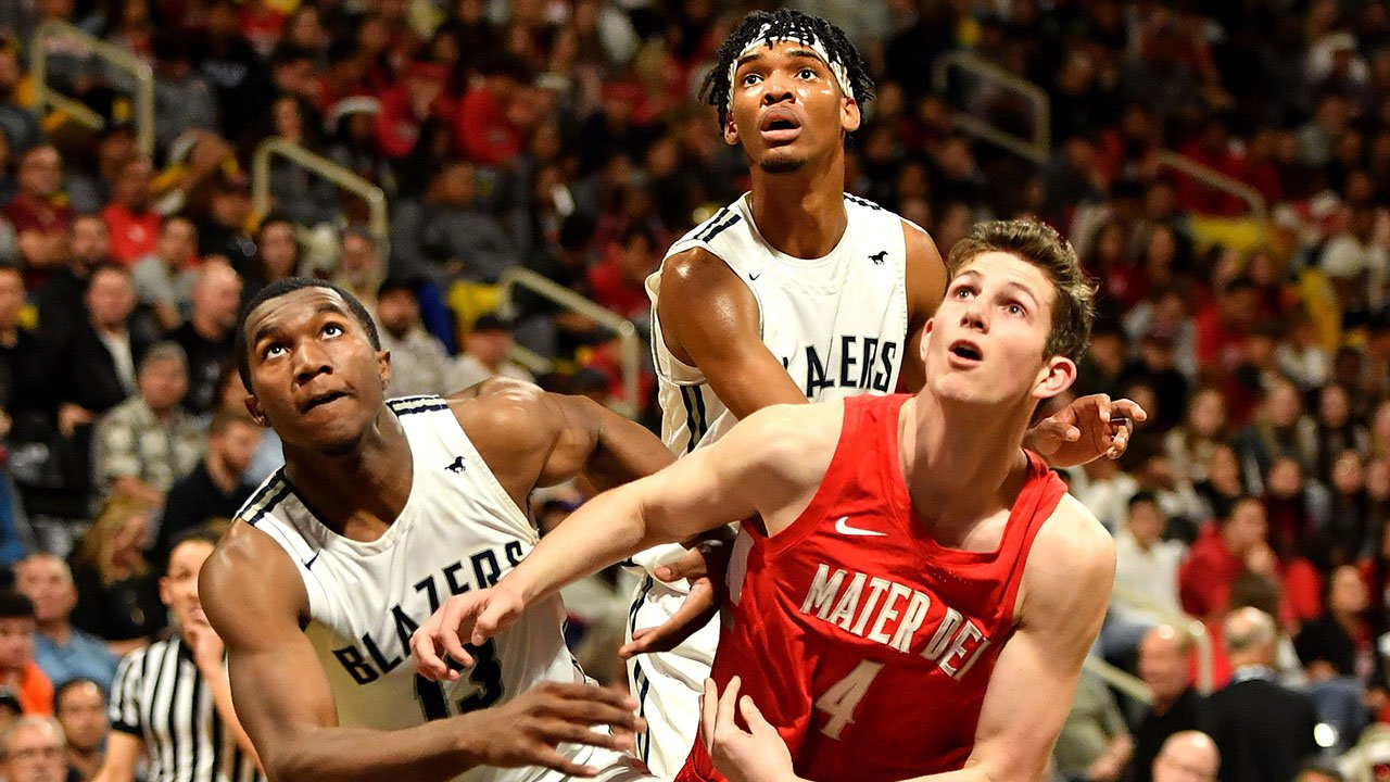 Sierra Canyon, seen in the section finals against Mater Dei, is the No. 1 seed in the CIF Southern California Open Division bracket. The CIF finals culminate March 13-14 at Sacramento's Golden 1 Center.