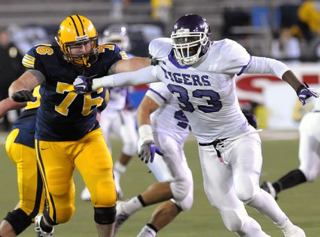 Michigan commit Taco Charlton (from Pickerington Central) is a handful for offensive linemen.