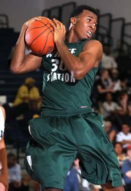 LeRon Black led the way for White Station in a convincing win over DeSoto at the Lighthouse Classic in Mississippi.