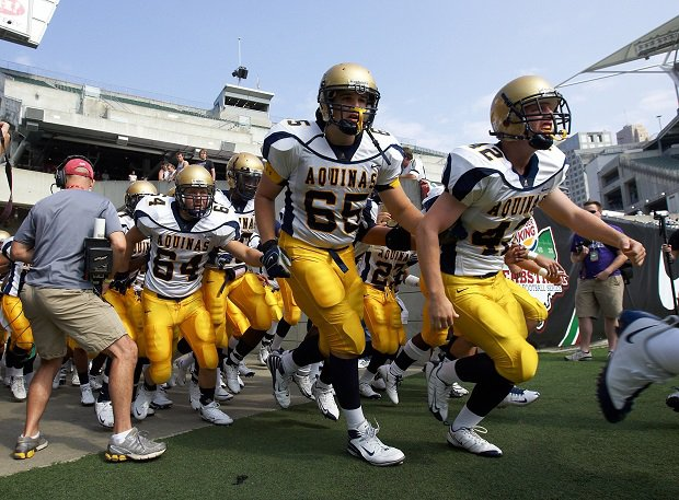 St. Thomas Aquinas' 2008 team lands at No. 30 on the list of the 50 greatest high school football teams.