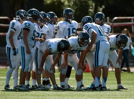Bellarmine will still be huddling next week in the Central Coast Section Open Division finals after a 17-12 win over Serra on Friday night at Independence High School in San Jose.