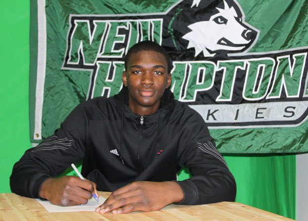 Indiana jumped to No. 2 in the recruiting class rankings after landing phenom forward Noah Vonleh, shown here signing his NLI during a ceremony at New Hampton Prep in New Hampshire.