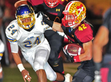 Mission Viejo's Alex Suchesk (42) was on the move.