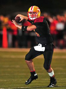 Mission Viejo quarterback Ian Fieber threw three touchdown passes.