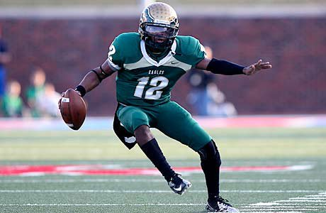 Desmon White led the offense for DeSoto in a thrilling victory over Carroll on Saturday.