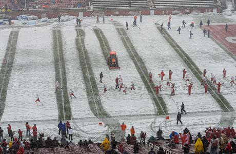 The 4A semifinal game was played Friday afternoon in snowy conditions at Rice-Eccles Stadium.