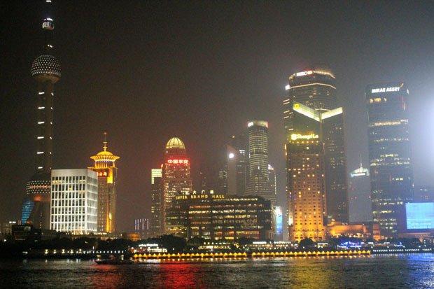 Night views of Shanghai.