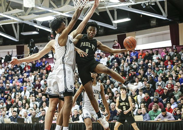Paul VI of Virginia and Sierra Canyon of California battled it out in front of a packed house at last year's Spalding Hoophall Classic.