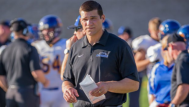 Del Oro grad Randy Fasani has coached in the Sac-Joaquin Section since retiring from the NFL.