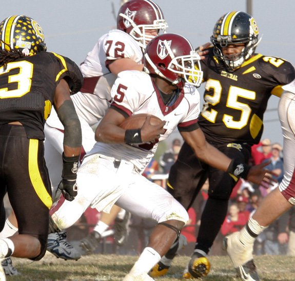 Durron Neal doesn't figure to run inside much in college, but he'll be over the field in 2011.