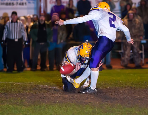 Escalon threw the NorCal Division III group into murkiness with a last-second field goal to beat Placer, which had held the top spot.