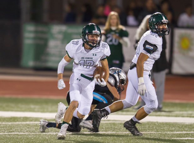 Rio Rancho battles Las Cruces for the New Mexico Class 6A football title on Saturday.