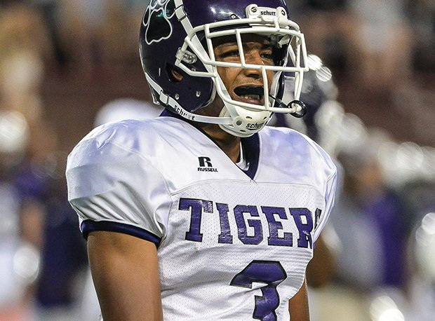 Pickerington Central senior Xavier Henderson shared D-I defensive player of the year honors with Cleveland Heights' Tyreke Smith.