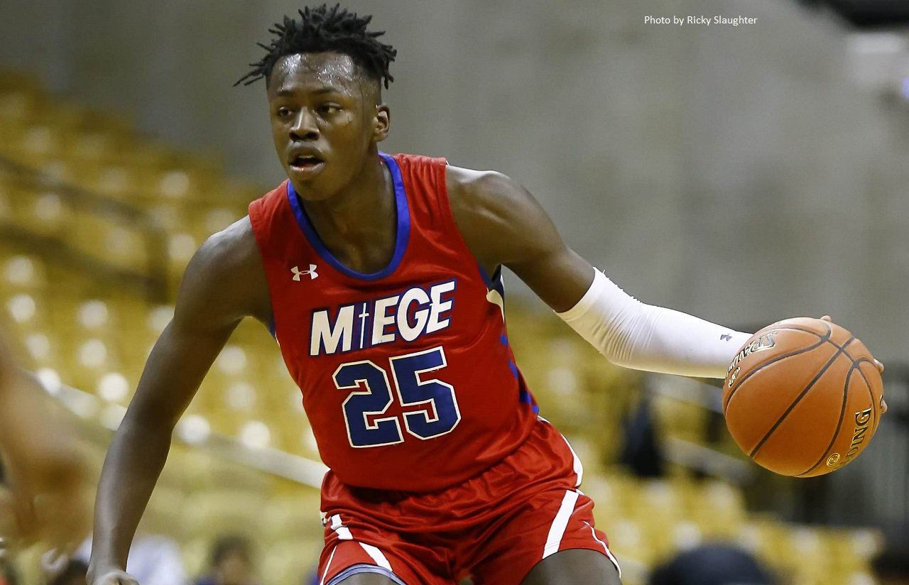 5-star wing Mark Mitchell lists UNC among 5 schools in closest contact