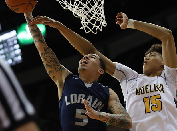 Moeller's Jaxson Hayes (Texas recruit) had 16 points, 13 rebounds and three blocks in a D-I semifinal win over Lorain.