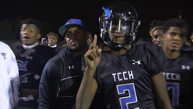 Trinity Christian starting quarterback Shedeur Sanders (2).