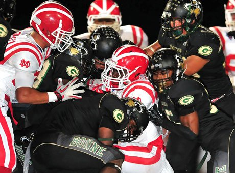 Narbonne's defense is predicted to give it a one-point edge in its Open Division matchup against Centennial (Corona).