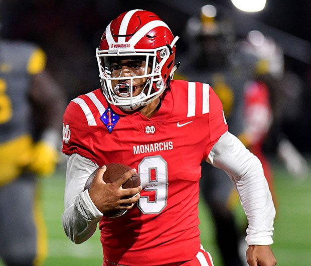 Bryce Young rushed for three first-half touchdowns leading top-ranked Mater Dei to a convincing victory over No. 2 St. Frances Academy.