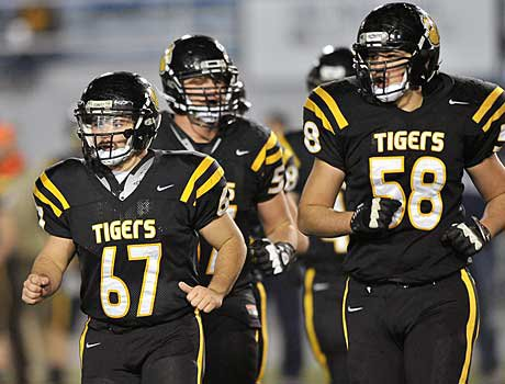 North Allegheny's line play on both sides of the ball led to its rout of Coatesville in the Class 4A title.