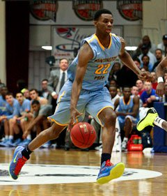 Andrew Wiggins tallied 19 points and 10 rebounds Sunday at the Spalding Hoophall Classic to propel Huntington Prep past New Hampton.