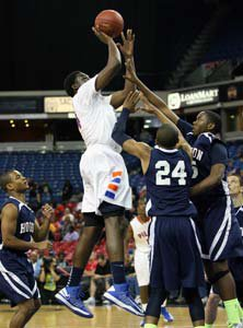 Temidayo Yussuf had game-high 20  points and state D5 record 19  rebounds.
