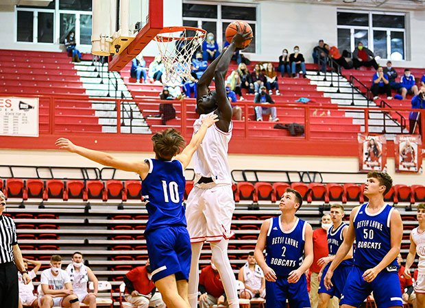 Bol prepares to dunk over a Betsy Layne defender.