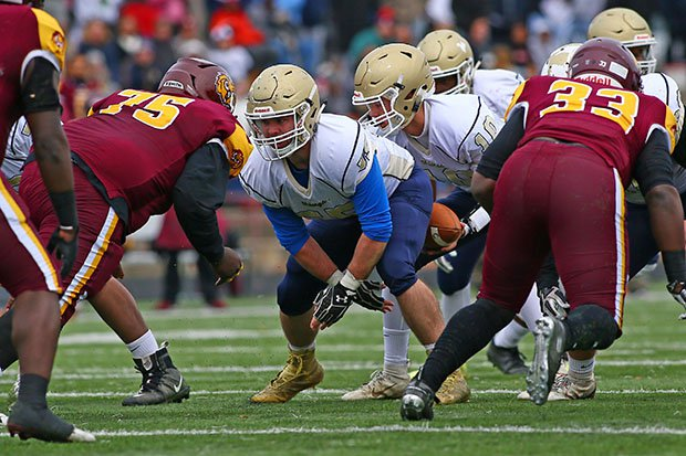 Dunbar and Cambridge-South Dorchester battle in last year's Class 1A semifinals.