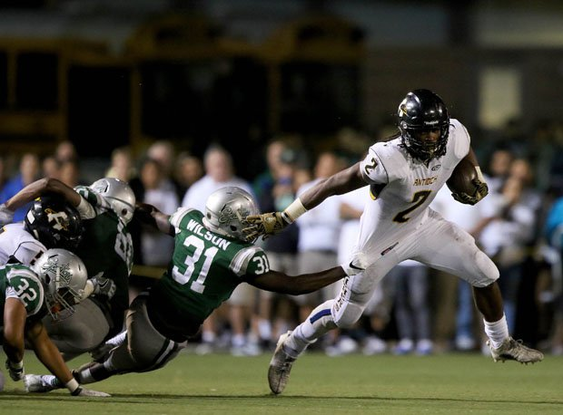 Najee Harris had 132 yards rushing and a touchdown in a 28-21 loss to nationally-ranked De La Salle during his senior season at Antioch.